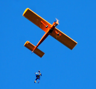 RC Skydiver drop from Doc's Telemaster